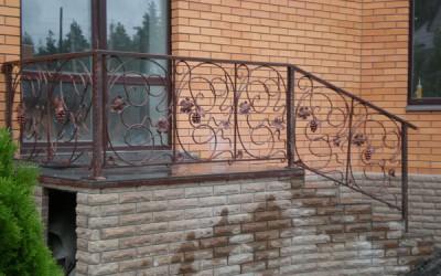 перила с элементами ковки г.Пермь