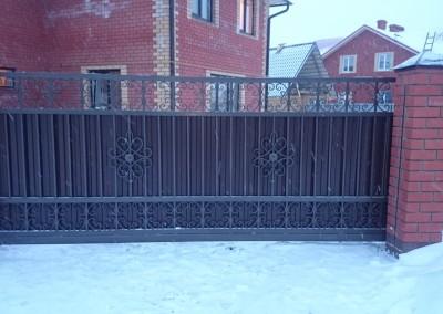 откатные ворота мкрн.Южный